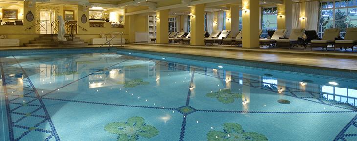 Bareiss baiersbronn informations r servation inside - Hotel en foret noire avec piscine ...