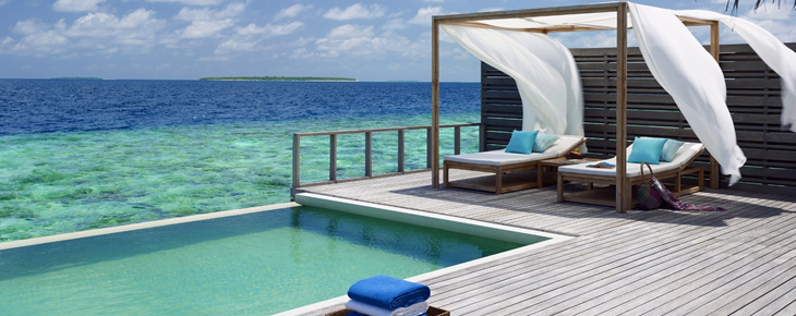 Hotel piscine priv e dubai for Hotel santorin piscine privee